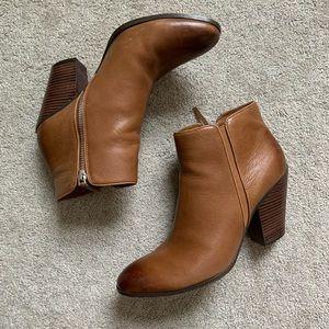 Dolce Vita cognac leather boots Halle 9.5